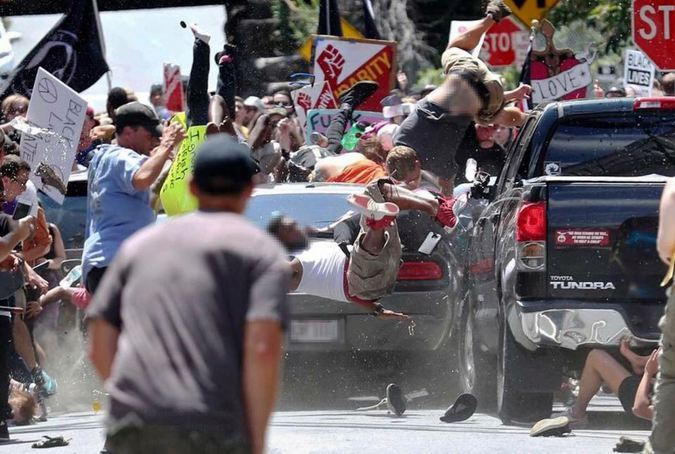 """Белые начинают... """"Война с памятниками"""" ведёт США к гражданской войне"""