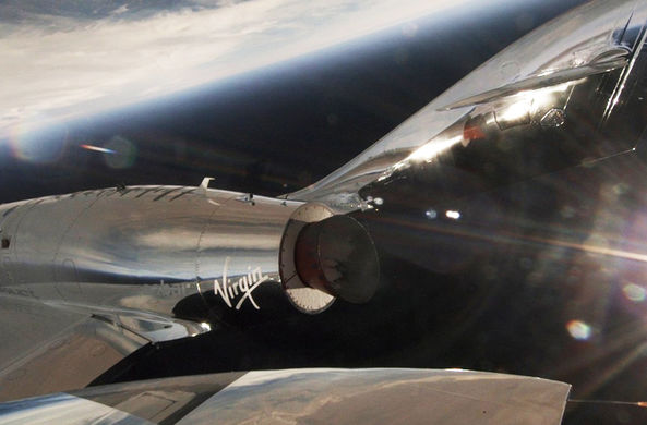 Virgin Galactic провела успешные испытания космоплана