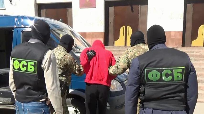 ФСБ предотвратило нападения исламистов на семьи российских лётчиков
