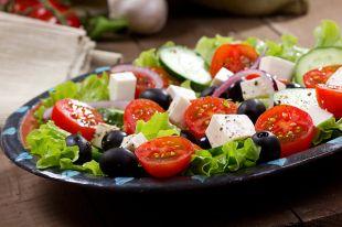 Как не испортить греческий салат?