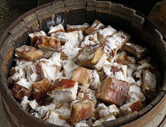 Засолка мяса свинины в домашних условиях рецепт