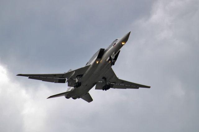 Ту-22 на маневрах «Восток-2018» разгромили аэродром условного противника