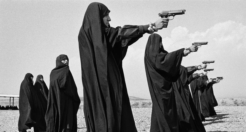 46 фото о том, что происходило в мире с 1980-х по 2000-е