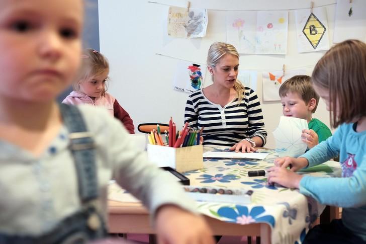 Фото №3 - 10 типов родителей, от которых в ужасе воспитатели в детском саду