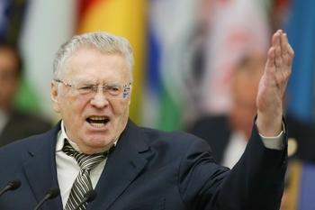 Жириновский предлагает начать дарить ему подарки почти за 10 лет до юбилея