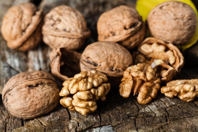Как использовать ореховую скорлупу для здоровья