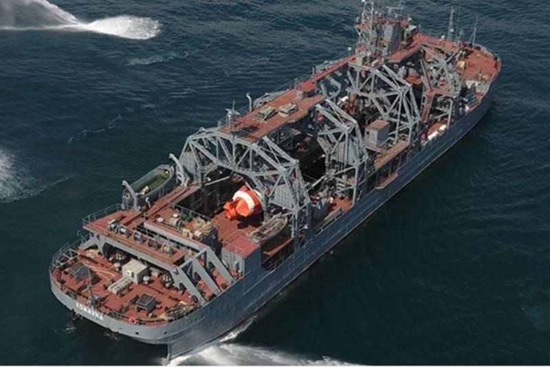 Старейшее судно ВМФ выйдет в Чёрное море
