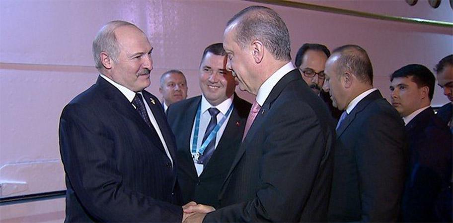 Лукашенко предложил Эрдогану использовать белорусский рынок как ворота на российский
