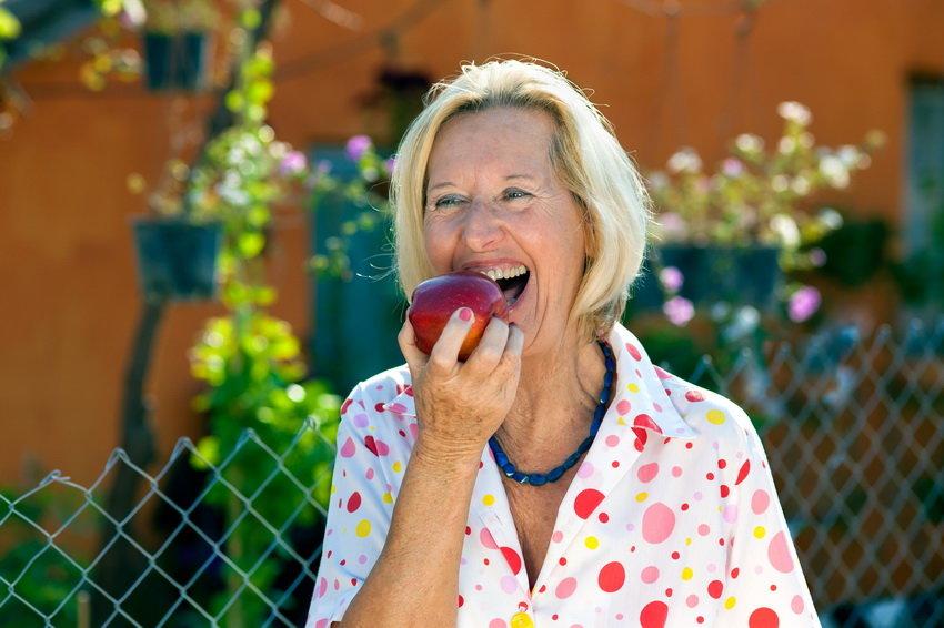 Ученые выяснили, сколько нужно есть яблок для продления жизни