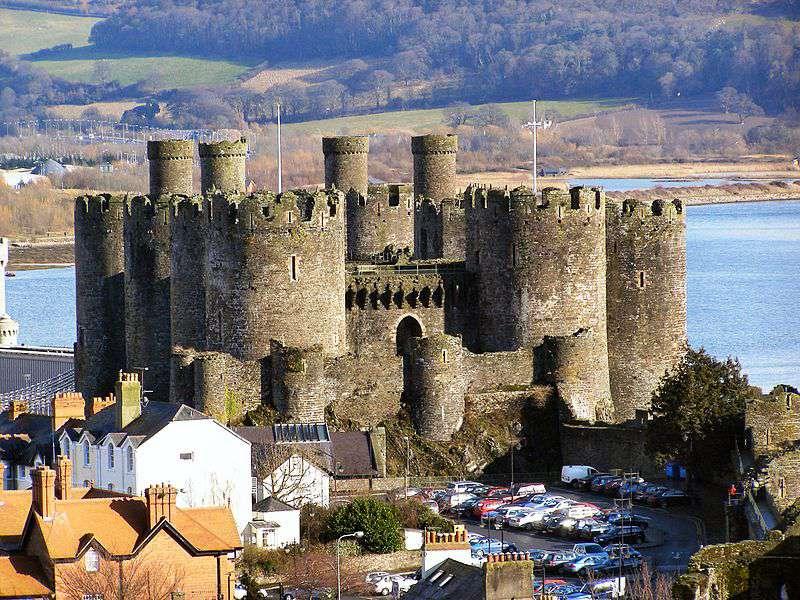 Замок Конви – королевский замок из «железного кольца» Эдуарда I.
