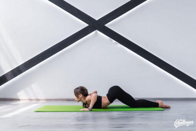 6 упражнений, которые улучшат растяжку и помогут сесть на шпагат. Изображение номер 9