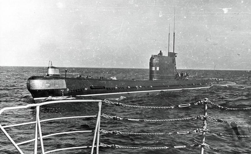 Подводная лодка Б-36 в опера…