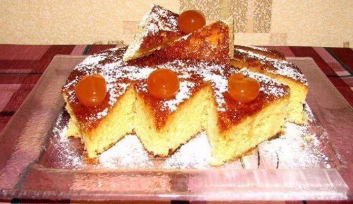 Замечательный пирог на сгущёнке к чаю — вкусно и просто!