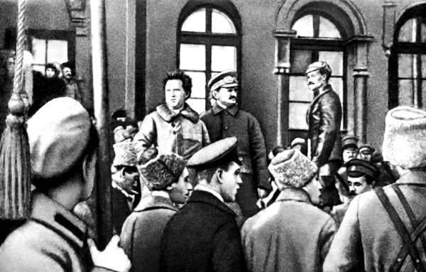 """""""Петрограда не сдавать!"""" Жес…"""
