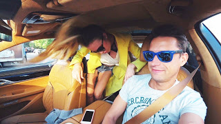 Реакция Жены и Мамы на БМВ за 13,5 млн рублей