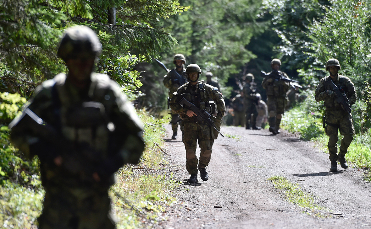 Военные игры НАТО показали поражение от России из-за плохих дорог