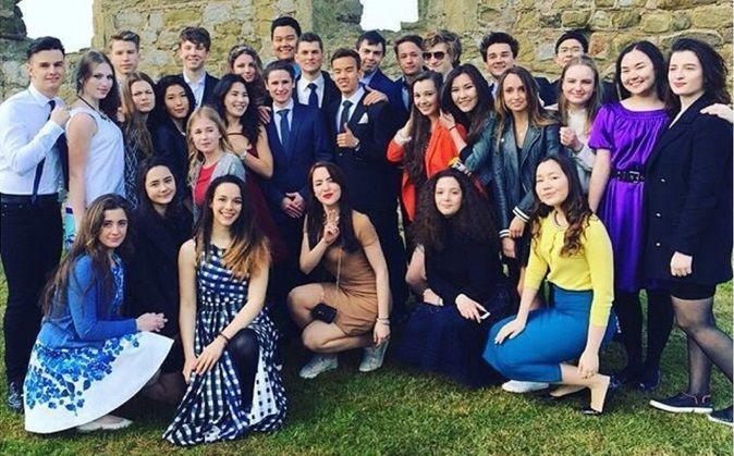 Фото детей Порошенко из элитного британского колледжа вызвали негодование в соцсетях