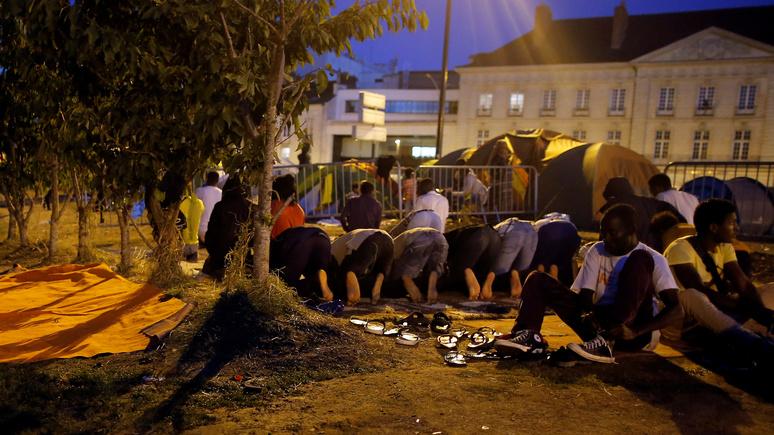 Из-за массовой иммиграции Франция стала похожа на страну третьего мира