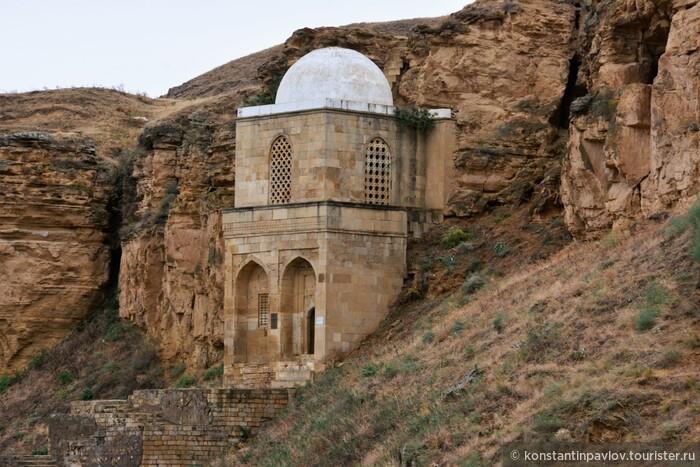 «Незаграничная» заграница. Азербайджан. В гости к «живому дедушке» и «шамаханской царице»