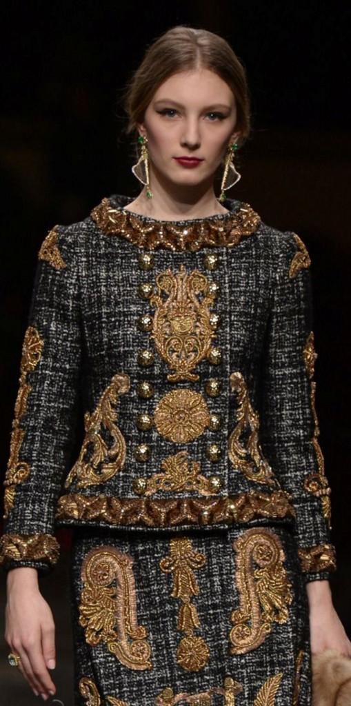 Жакет-самая весенне-летняя одежда, так как пиджак согреет вас прохладными вечерами и выгодно дополнит ваш стильный образ...