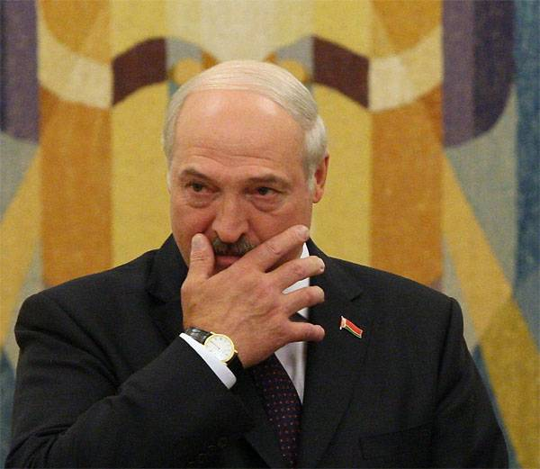 Лукашенко: Санкционку через РБ в РФ везут российские дельцы с тяжёлыми погонами