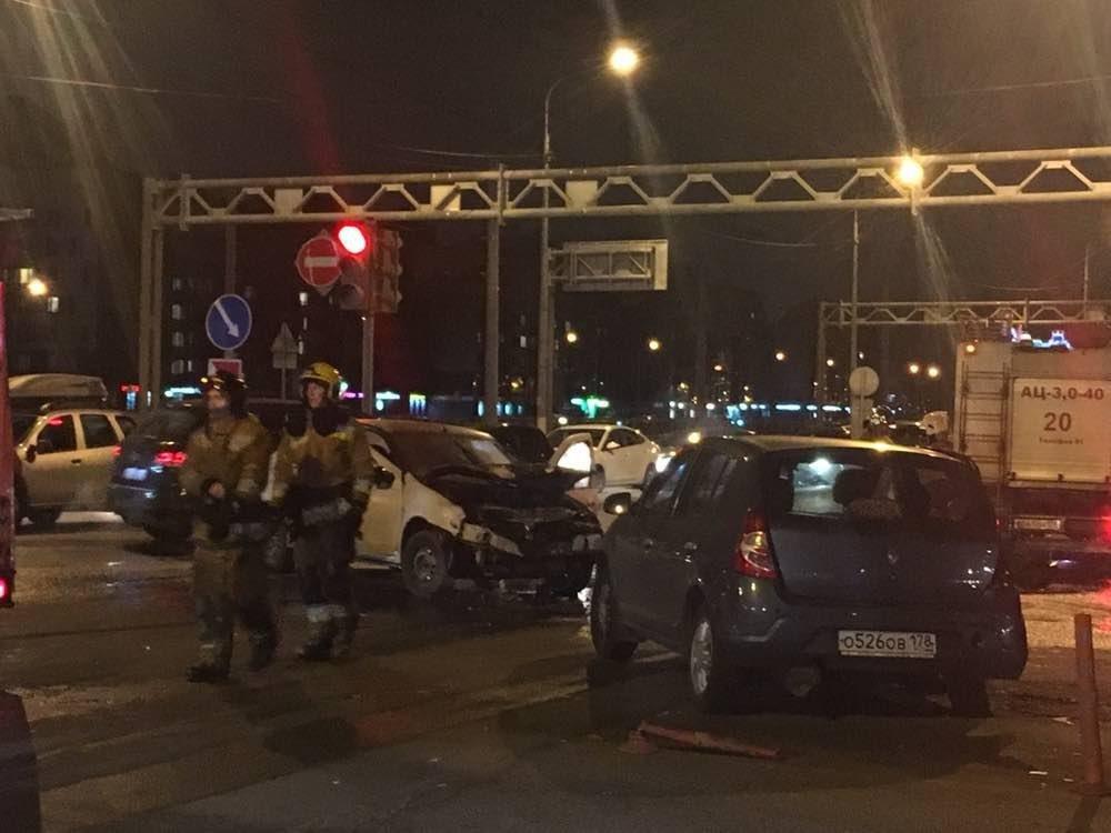 На МКАД столкнулись семь автомобилей