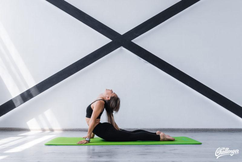 6 упражнений, которые улучшат растяжку и помогут сесть на шпагат. Изображение номер 10