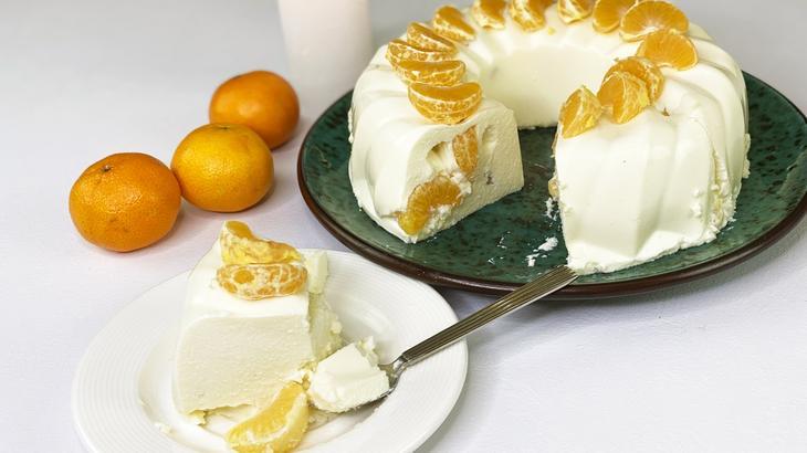 На скорую руку и без духовки. Творожный торт с мандаринами. Очень нежно и вкусно!