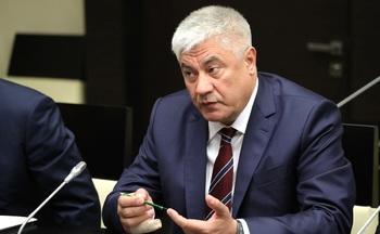 Глава МВД рассказал о получении визы США, несмотря на санкции