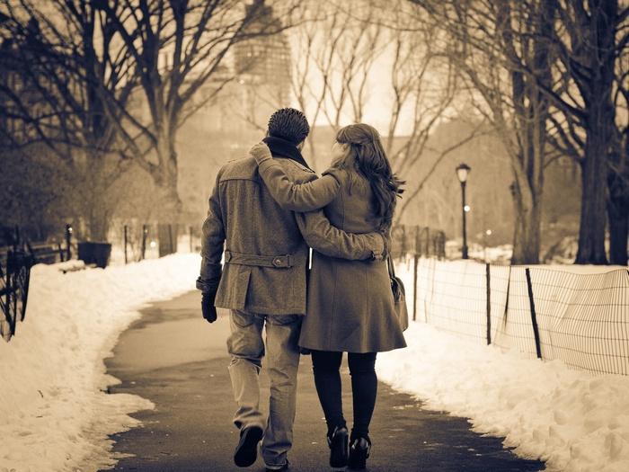 влюбленные зимой FullHD Фото Картинки Обои 1920x1080 9819
