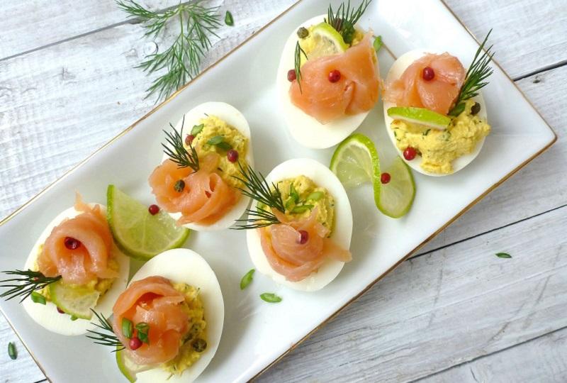 фаршированные яйца фото
