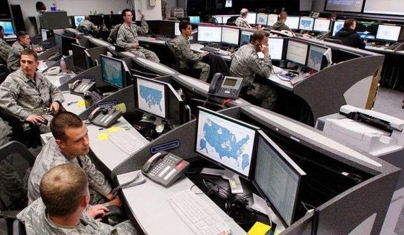 Госдеп США запускает программу слежки за сделками с российским оружием