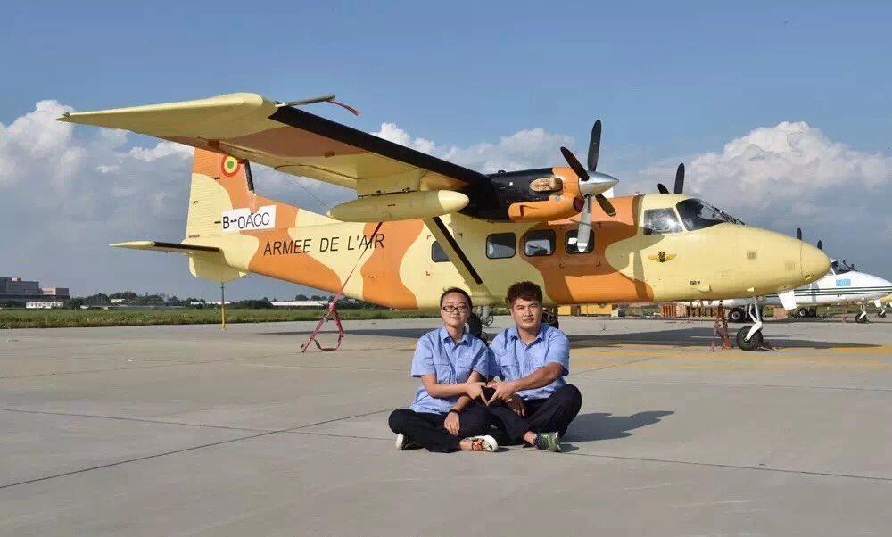 Мали получает легкий военно-транспортный самолет Y-12Е китайского производства