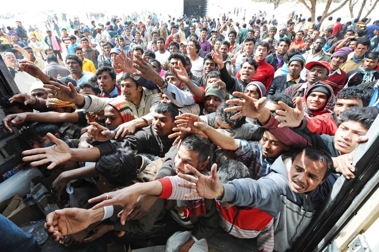 Пособий на всех не хватит: В Германии мигрантам разрешили насиловать женщин, главное – предохраняться