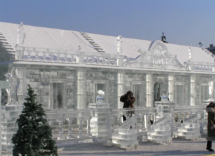 Ледяной дом. | Фото: mir.radosthrist.ru.