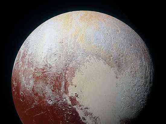 New Horizons прислал снимки таинственного объекта за орбитой Плутона