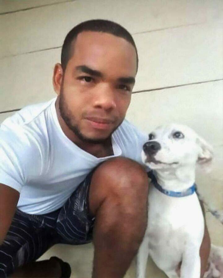 Парень рискнул своей жизнью, чтобы спасти щенка