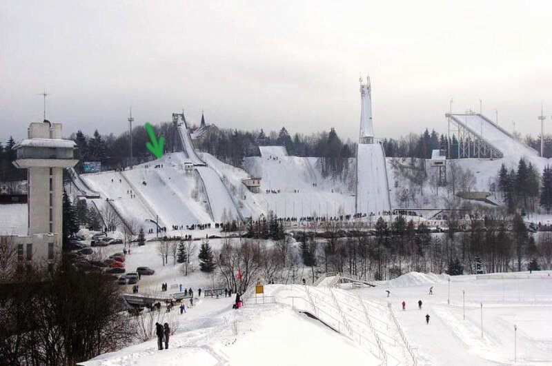 Нормальные люди там катаются на лыжах, сноубордах, тюбингах