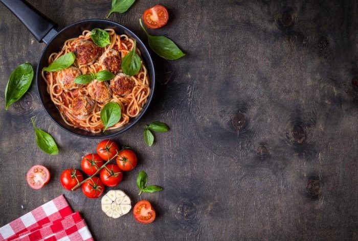 Спагетти с тефтелями.  Фото: blog.metro.ua.