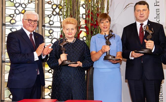 Ненависть прибалтийских сестриц к России оценили в 100 тыс. евро