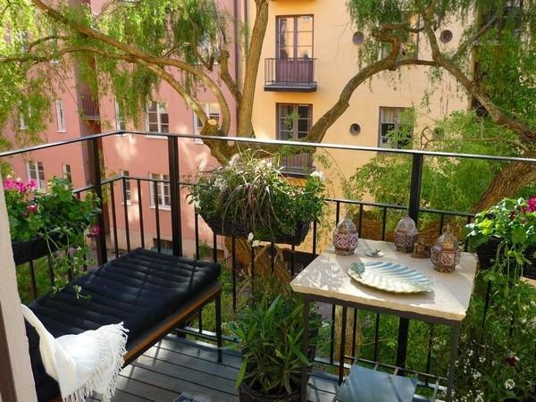 Самодельный столик для балкона