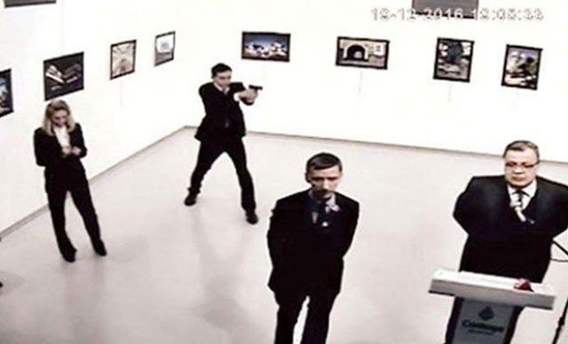 Начался процесс по делу об убийстве посла Карлова