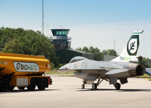 Нидерланды переведут всю военную авиацию на биотопливо