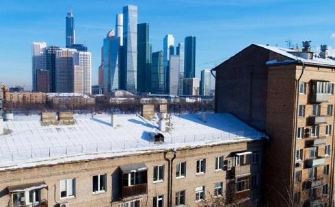 Когда Кремль объявляет борьбу с бедностью, богатеют олигархи