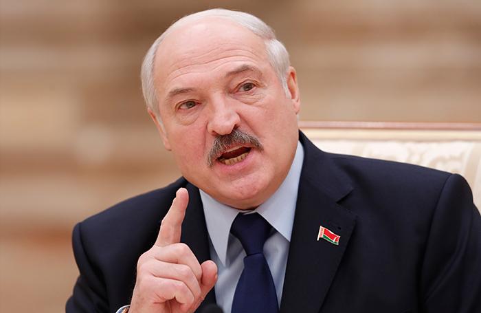 «Белорус — это русский со знаком качества»: Лукашенко обрушился с критикой на российские СМИ