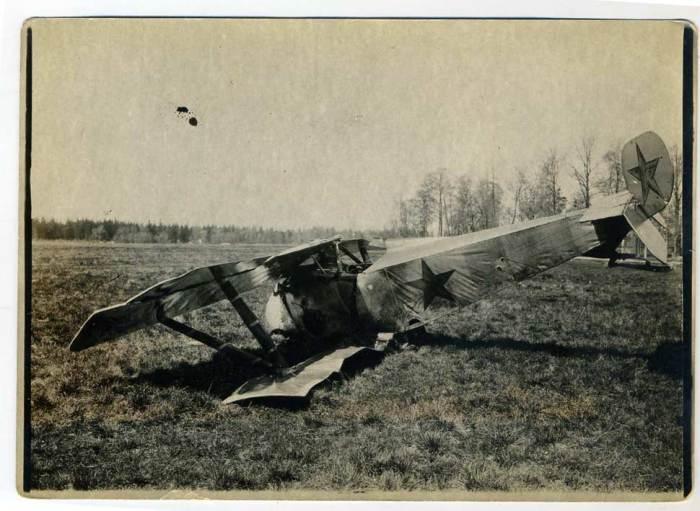 Самолет Ньюпор-23 после аварии в 1923 году.