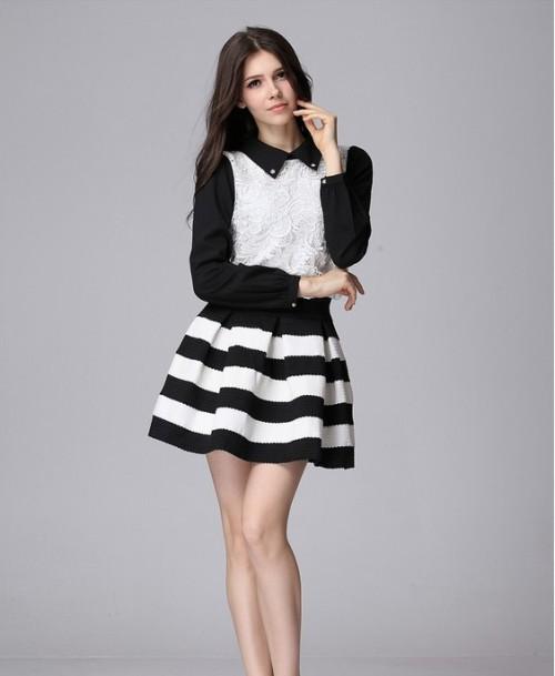 Черная юбка с белой полосой
