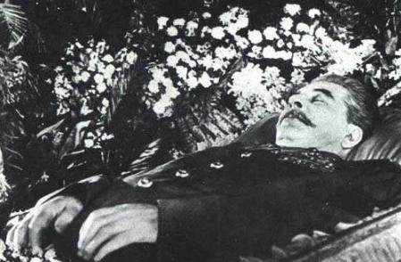 Что не так было с телом Сталина