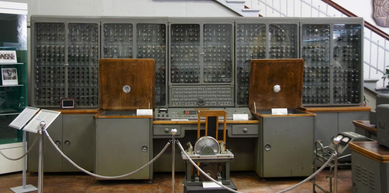 Отсталость советской компьютерной техники. Мифы США (7 фото)