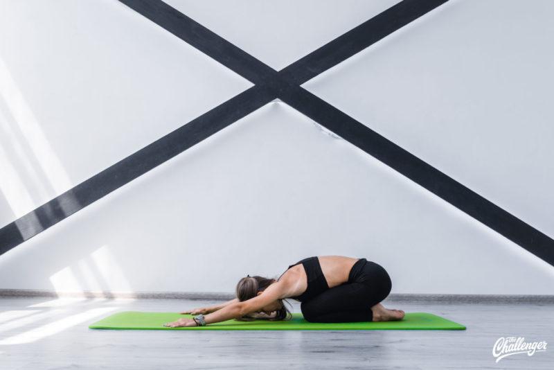 6 упражнений, которые улучшат растяжку и помогут сесть на шпагат. Изображение номер 7